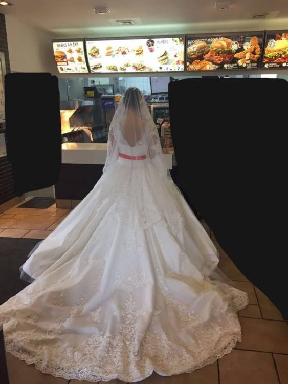 Ob Frühling, Sommer, Herbst oder Winter, Hatice Brautmoden entwirft für  jede Jahreszeit das perfekte Brautkleid, denn Liebe kennt bekanntlich keine