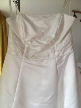 Brautkleid mit durchsichtige corsage