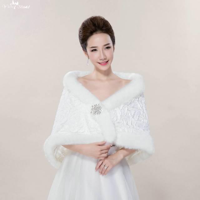 Hochzeitskleid, Bolero und Schleier