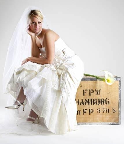 HBH Hamburger Brautmoden Brautkleid WD15U16 Ivory Gr