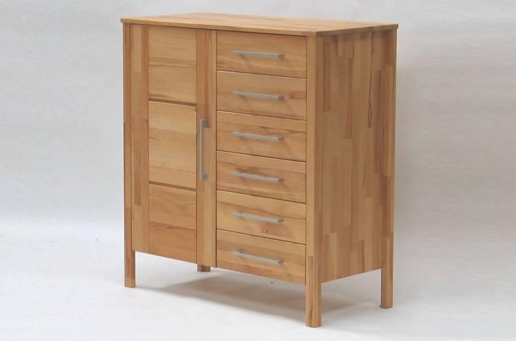Das Bild zeigt eine Staud Sonate Schlafzimmer Kommode weiß mit Schubladen extra breit