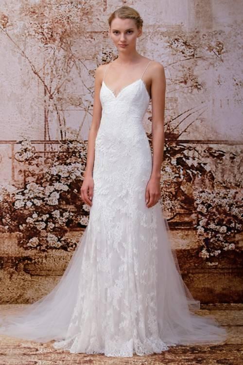 Brautkleid modern mit toller Retro Spitze, unsere Bea! Vintage trifft  Moderne & du dein zukünftiges Hochzeitskleid? Schau' gleich hier und lass'  dich jetzt