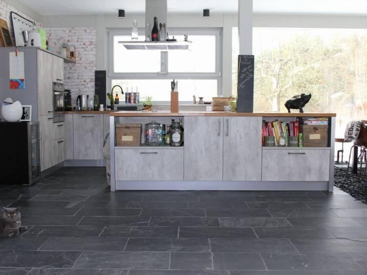 Full Size of Küche:schmale Kleine Küche Schmale Küche Ideen Schmale Fenster Küche Schmale Küchenstühle