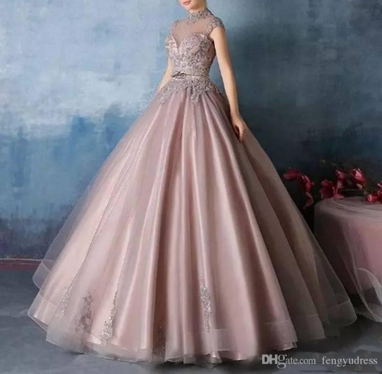 Wadenlanges Brautkleid Hochzeitskleid aus Spitze