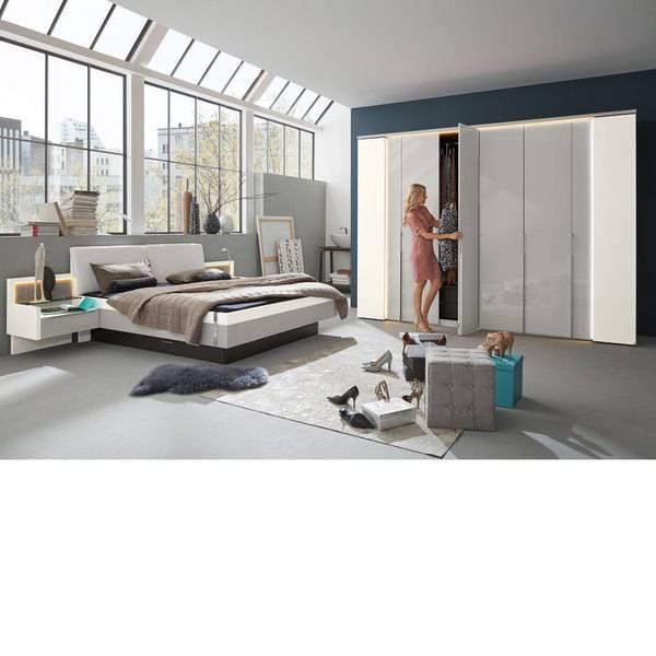 """Das neue Schlafzimmer """"Jovanna"""" von Musterring zeigt, wie leicht und schwebend Massivholz sein kann"""