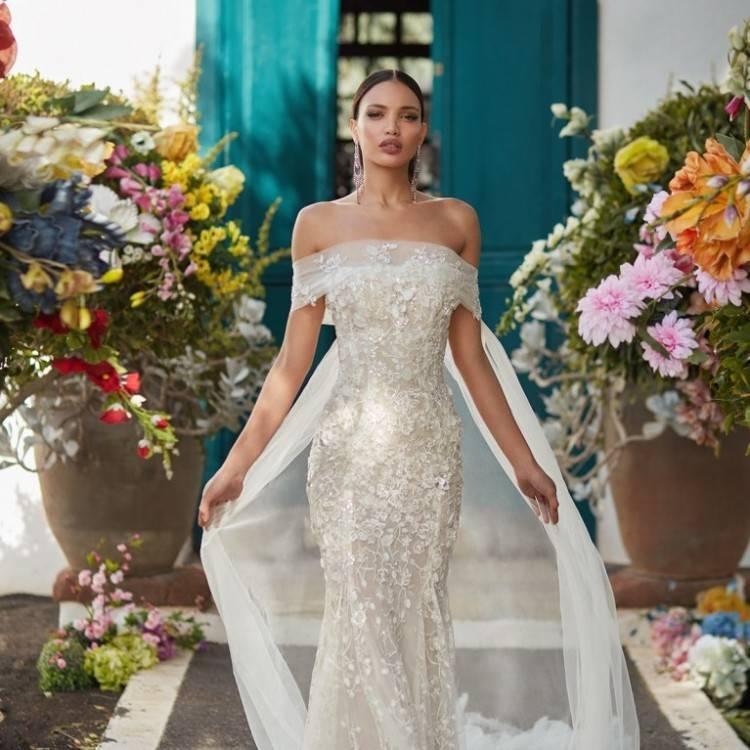 Luxus / Herrlich Champagner Brautkleider / Hochzeitskleider 2018 Ballkleid Spitze Perlenstickerei Perle Pailletten Off Shoulder Rückenfreies Kurze Ärmel