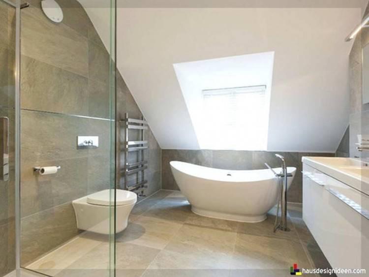 Doch was kann man tun, wenn das Badezimmer eine Dachschräge aufweist